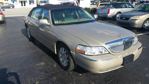 2008 Lincoln Town Car for sale in Lake Worth, FL