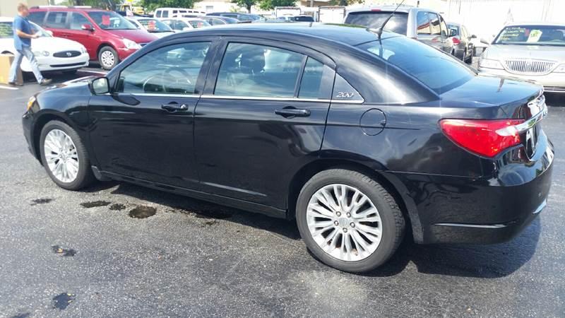 2012 Chrysler 200 LX 4dr Sedan - Lake Worth FL