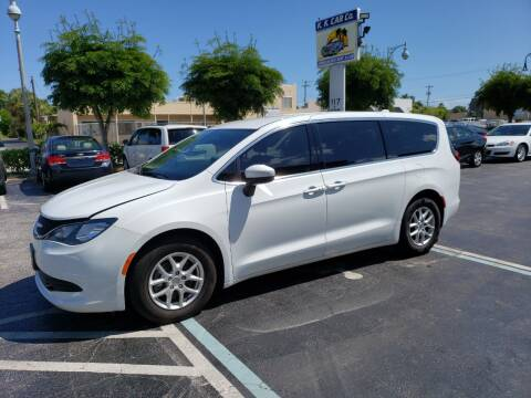 2017 Chrysler Pacifica for sale at KK Car Co Inc in Lake Worth FL
