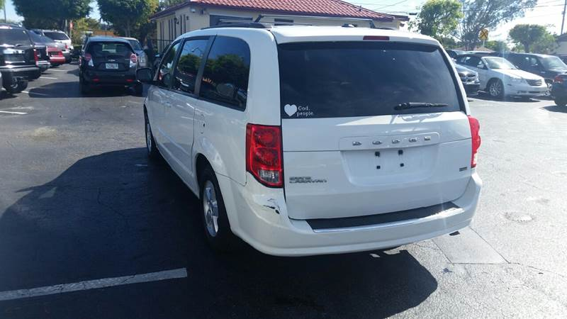 2011 Dodge Grand Caravan Mainstreet 4dr Mini-Van - Lake Worth FL