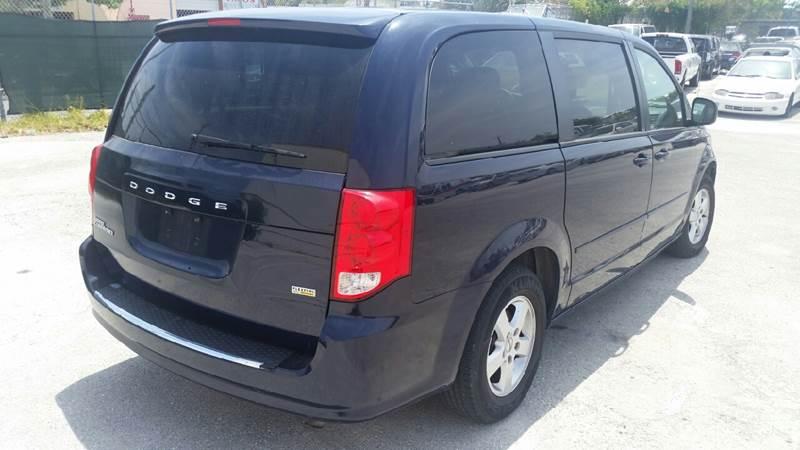 2012 Dodge Grand Caravan SXT 4dr Mini-Van - Lake Worth FL