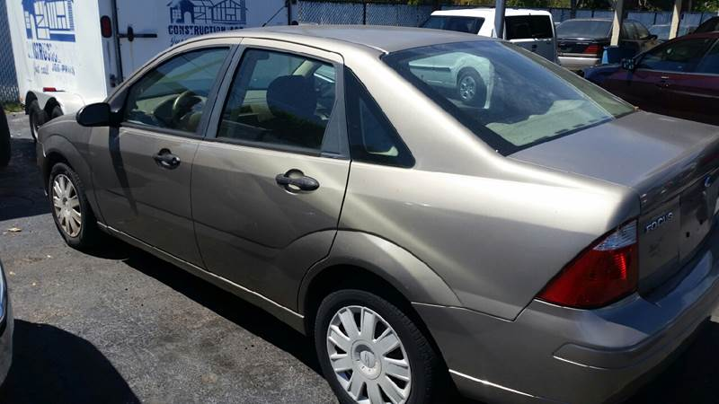 2005 Ford Focus ZX4 S 4dr Sedan - Lake Worth FL