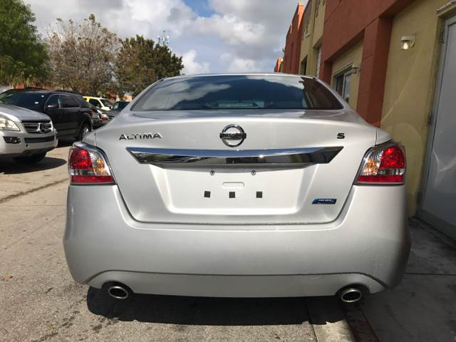 2014 Nissan Altima for sale at Semper Fi  Motors in Miami FL
