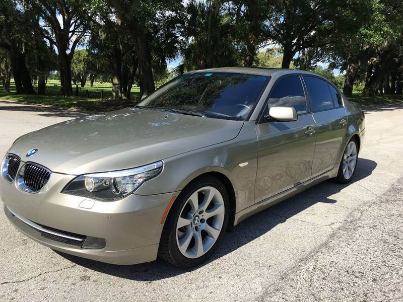 2009 BMW 5 Series for sale at ROADHOUSE AUTO SALES INC. in Tampa FL