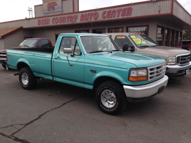 1995 ford f 150 2dr xl 4wd standard cab lb in redmond or bear country auto center. Black Bedroom Furniture Sets. Home Design Ideas