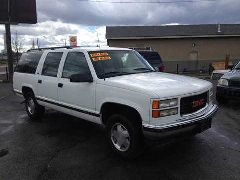 1996 GMC Suburban for sale in Redmond, OR
