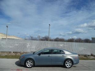2009 Chevrolet Malibu for sale at Reo Motors in Milwaukee WI