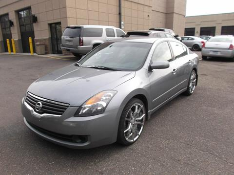 2009 Nissan Altima for sale in Maplewood, MN