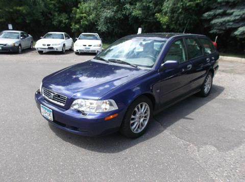 2004 Volvo V40 for sale in Maplewood, MN
