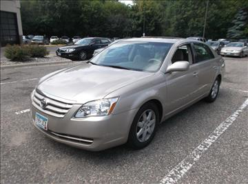 2005 Toyota Avalon for sale in Maplewood, MN