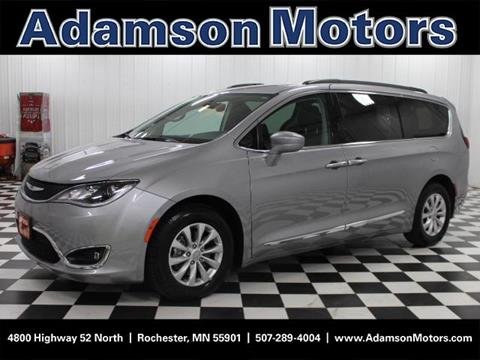 2017 Chrysler Pacifica for sale in Rochester MN
