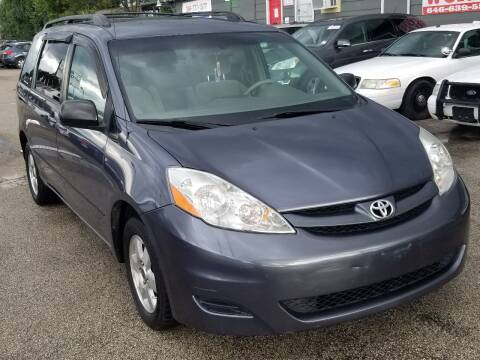 2008 Toyota Sienna for sale at ACE AUTOMOTIVE in Houston TX