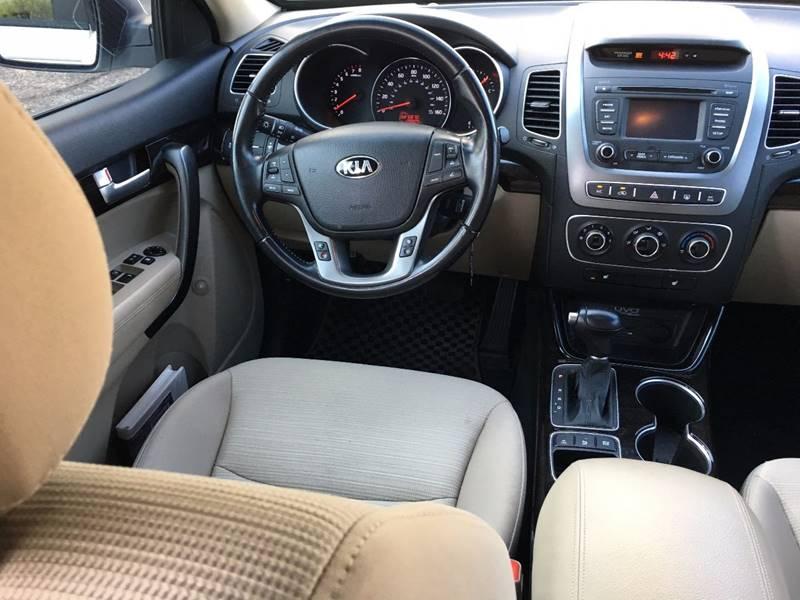 2014 Kia Sorento for sale at Auto Executives in Tucson AZ