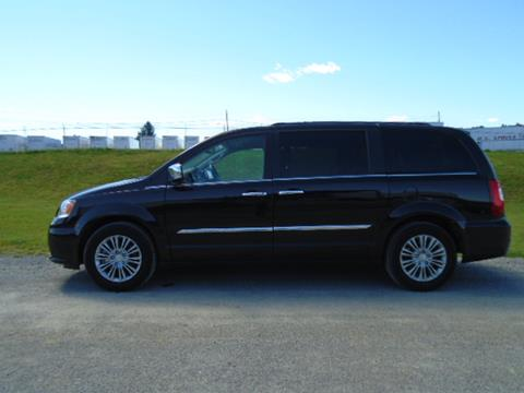 2015 Chrysler Town and Country for sale in Shippensburg PA