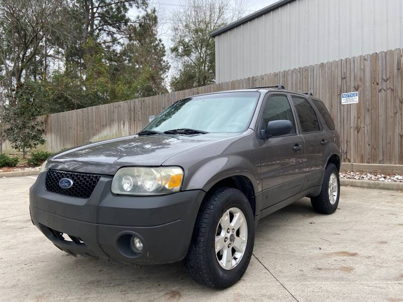 2005 Ford Escape for sale at All American Finance & Auto Sales in Houston TX