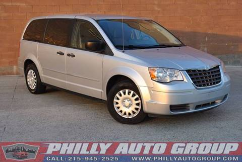 2008 Chrysler Town and Country for sale in Levittown, PA