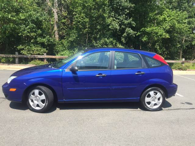 2005 Ford Focus Zx5 Ses 4dr Hatchback In Sterling Va Empire Auto Group