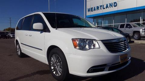 2016 Chrysler Town and Country for sale in Morris, MN
