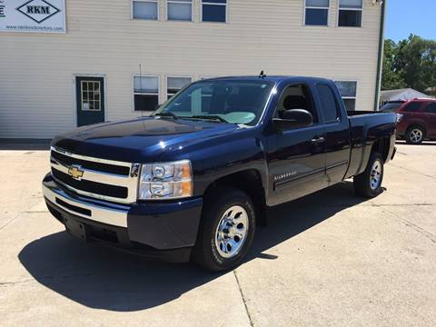 2011 Chevrolet Silverado 1500 for sale at RamKnick Motors LLC in Pekin IL