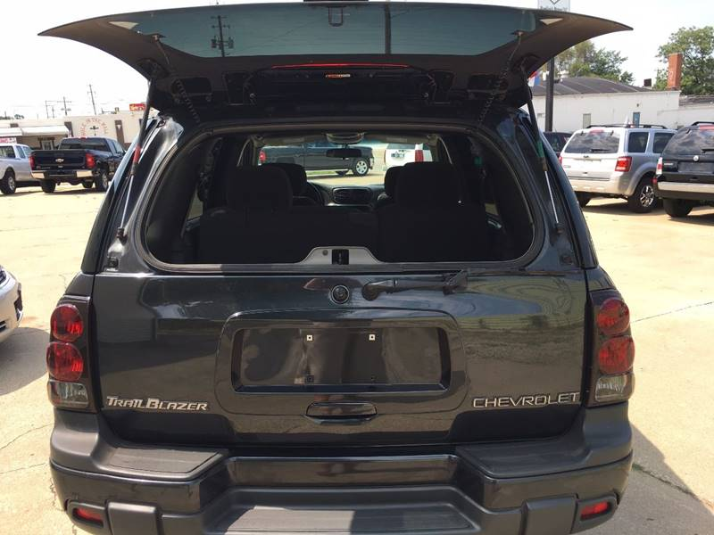 2003 Chevrolet TrailBlazer for sale at RamKnick Motors LLC in Pekin IL