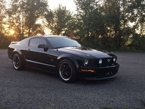 2006 Ford Mustang for sale at RamKnick Motors LLC in Pekin IL