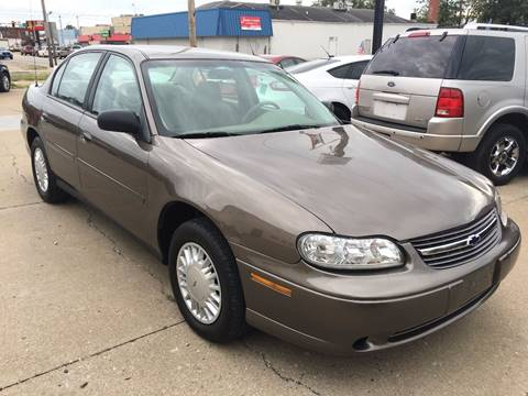 2001 Chevrolet Malibu for sale at RamKnick Motors LLC in Pekin IL