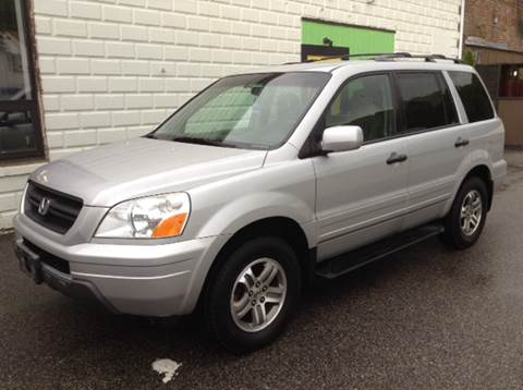 2003 Honda Pilot for sale at DISTINCTIVE MOTOR CARS UNLIMITED in Johnston RI