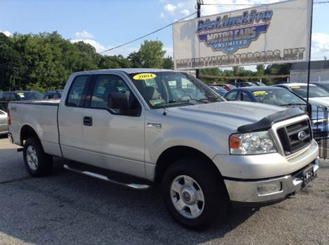 2004 Ford F-150 for sale at DISTINCTIVE MOTOR CARS UNLIMITED in Johnston RI