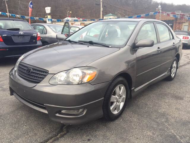 2006 Toyota Corolla for sale at DISTINCTIVE MOTOR CARS UNLIMITED in Johnston RI