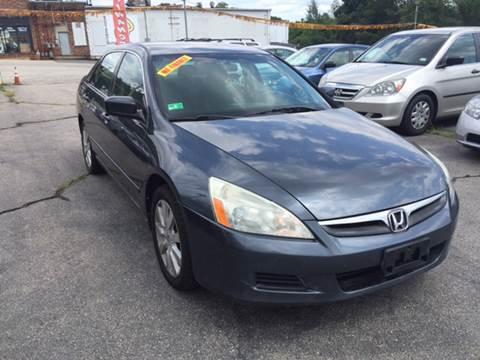2007 Honda Accord for sale at DISTINCTIVE MOTOR CARS UNLIMITED in Johnston RI