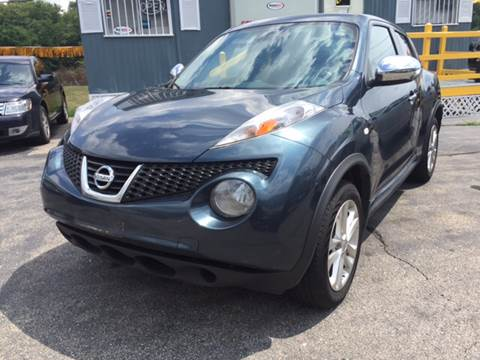 2012 Nissan JUKE for sale at DISTINCTIVE MOTOR CARS UNLIMITED in Johnston RI