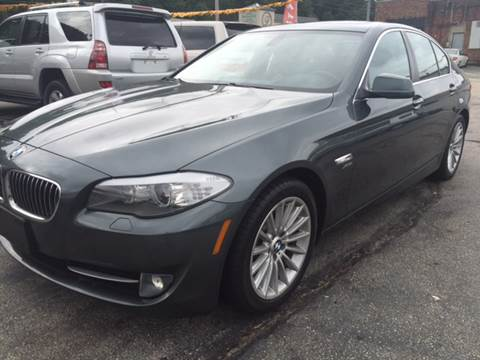 2011 BMW 5 Series for sale at DISTINCTIVE MOTOR CARS UNLIMITED in Johnston RI