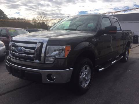 2009 Ford F-150 for sale at DISTINCTIVE MOTOR CARS UNLIMITED in Johnston RI