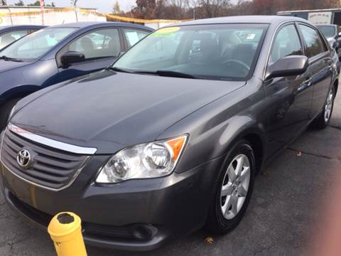 2010 Toyota Avalon for sale at DISTINCTIVE MOTOR CARS UNLIMITED in Johnston RI
