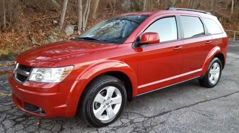 2010 Dodge Journey for sale at DISTINCTIVE MOTOR CARS UNLIMITED in Johnston RI