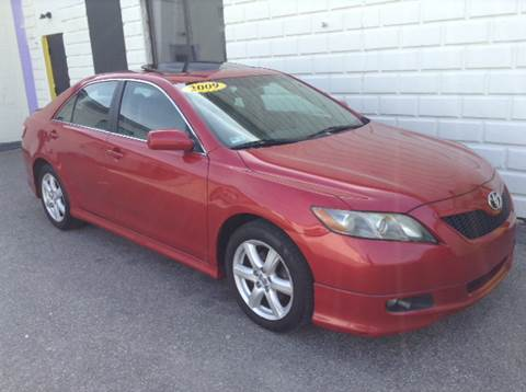 2009 Toyota Camry for sale at DISTINCTIVE MOTOR CARS UNLIMITED in Johnston RI