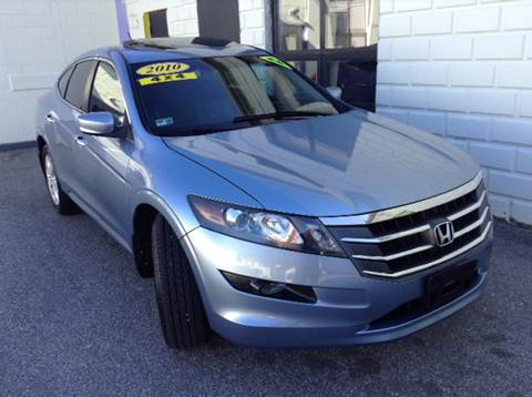 2010 Honda Accord Crosstour for sale at DISTINCTIVE MOTOR CARS UNLIMITED in Johnston RI