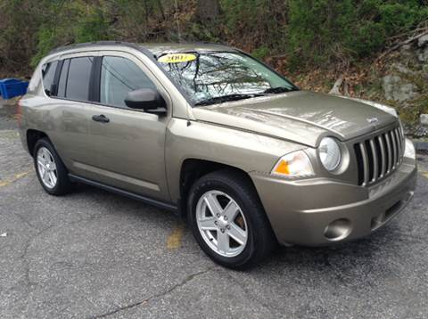 2007 Jeep Compass for sale at DISTINCTIVE MOTOR CARS UNLIMITED in Johnston RI