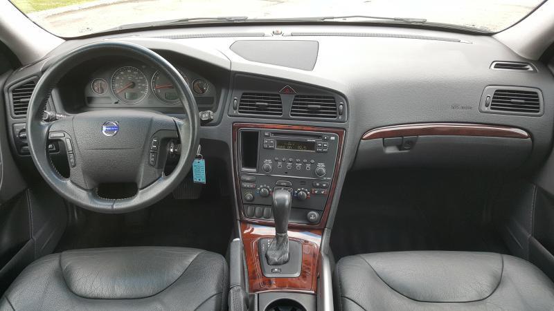 2005 Volvo XC70 AWD 4dr Turbo Wagon - Minnetonka MN
