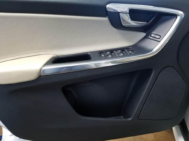 2014 Volvo XC60 AWD T6 Premier Plus 4dr SUV - Dilworth MN
