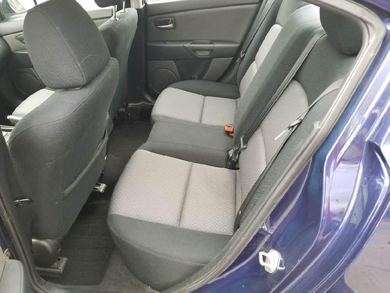 2006 Mazda MAZDA3 i 4dr Sedan - Dilworth MN