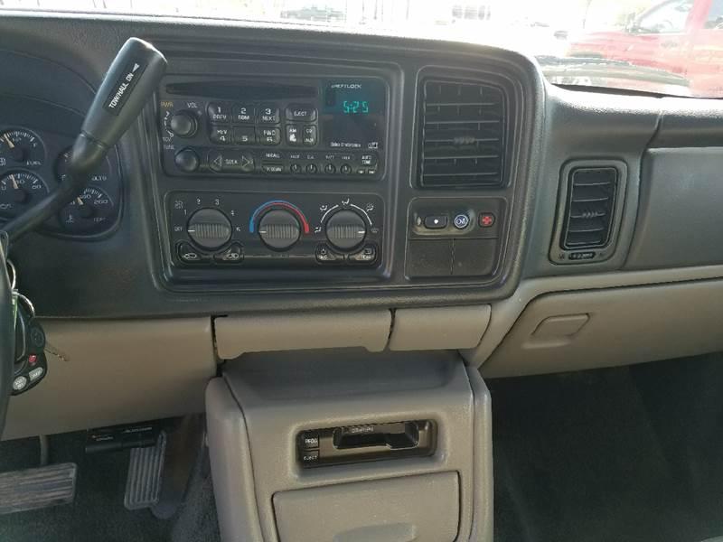 2002 Chevrolet Suburban 1500 LT 4WD 4dr SUV - Dilworth MN