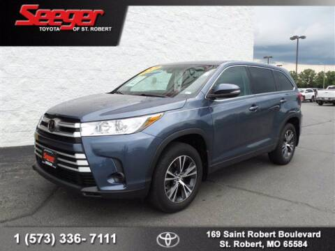 2018 Toyota Highlander for sale at SEEGER TOYOTA OF ST ROBERT in St Robert MO