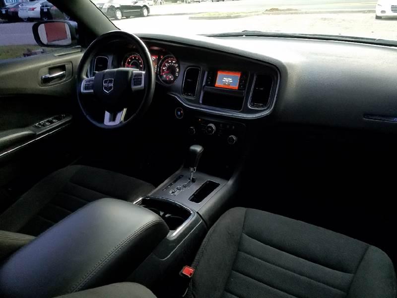 2014 Dodge Charger SE 4dr Sedan - Tallahassee FL
