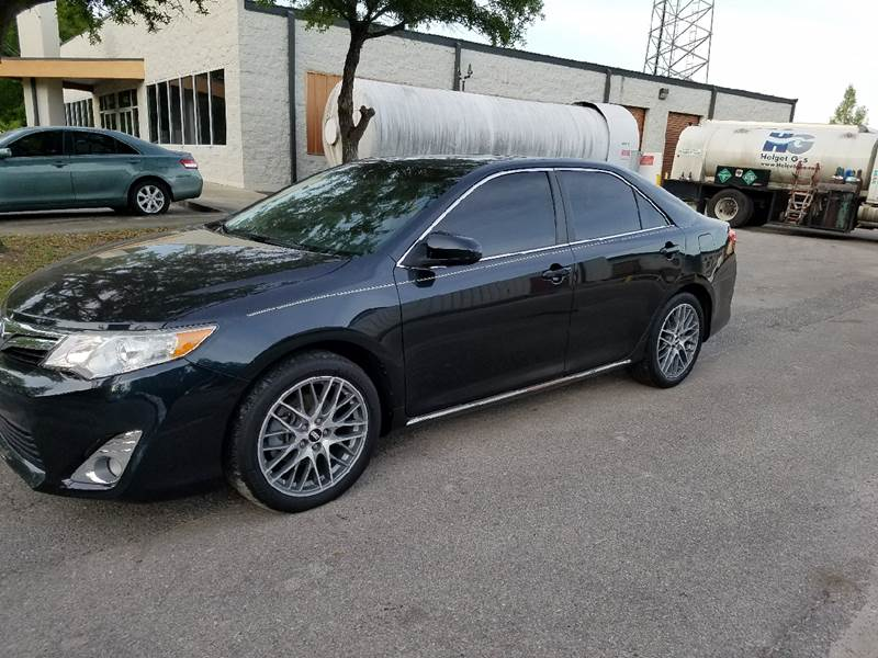 2013 Toyota Camry XLE 4dr Sedan - Tallahassee FL