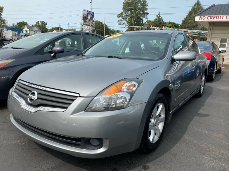 2007 Nissan Altima for sale at WOLF'S ELITE AUTOS in Wilmington DE