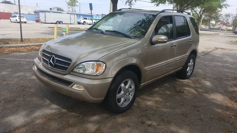 2002 Mercedes-Benz M-Class for sale at UNITED AUTO BROKERS in Hollywood FL