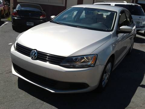 2011 Volkswagen Jetta for sale at UNITED AUTO BROKERS in Hollywood FL