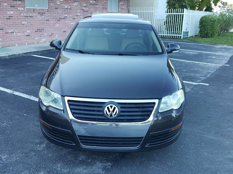 2006 Volkswagen Passat for sale at UNITED AUTO BROKERS in Hollywood FL