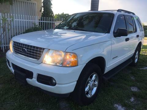2005 Ford Explorer for sale at UNITED AUTO BROKERS in Hollywood FL